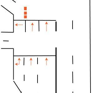 国道134、浜須賀交差点で直進したい場合。