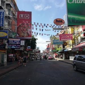 訪タイ歴8年目で初めてカオサンロードにやって来た!