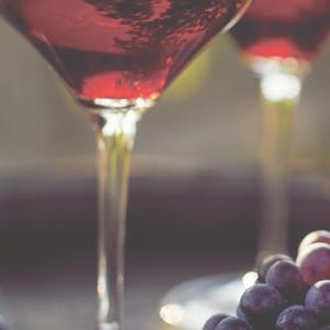 【少量のお酒は健康に良いはうそ?】