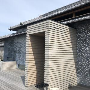 【瀬戸内国際芸術祭2019 #3】建築に映えるアート?アートが映える建築?どっち?