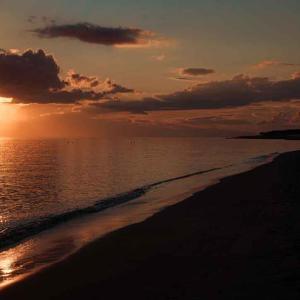 海辺と空は秋模様