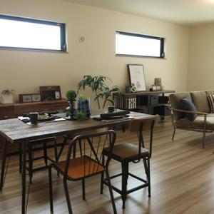 古材やアイアンを使用した家具たちを集めたヴィンテージスタイルのコーディネート事例をご紹介