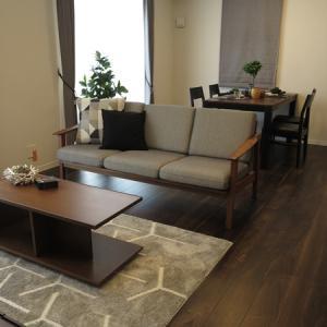 住宅のハード面と家具のサイズを合わせる提案!カーテンの丈と家具の高さに注意しましょう!