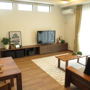 幅86㎝モジュールの家具だから2間の間口に造り付けの家具のようにぴったり納まります!