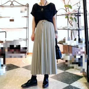 カットソーのプリーツスカート 綺麗めカジュアル再登場 &スカート丈お直し