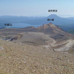 雌阿寒岳(1499m)周辺の未踏峰へ