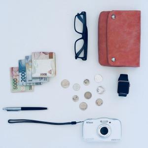 ミニマリスト的薄い財布にしてみたけど。メリットデメリット