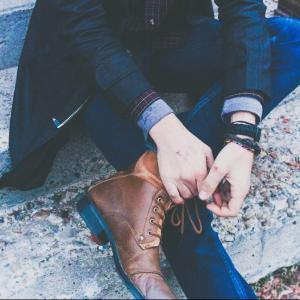 靴紐をゴムに!オックスフォードシューズと編み上げーブーツ