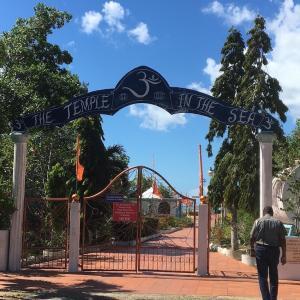 インディアンコミュニティー&スカーレットアイビス見学ツアー 3 ヒンズー寺院巡り その1