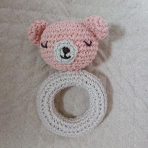 手編みのラトル