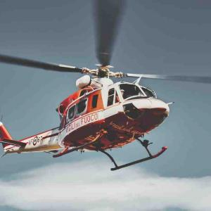ニキ・テルプストラがヘリコプターで病院搬送。入部選手も骨折