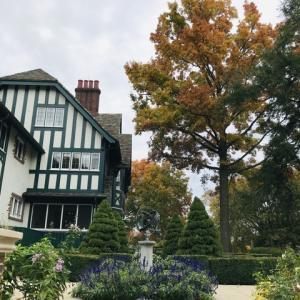 秋のケロッグマナーハウスとガルレイク