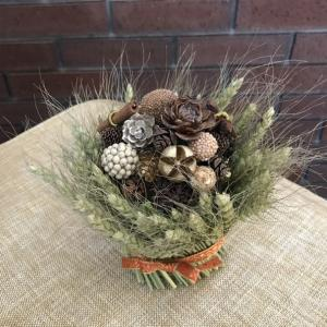 木の実とスパイスと麦のブーケ