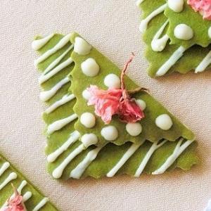 レシピ*桜をのせた抹茶ホワイトチョコクッキー*お花見にもおすすめ