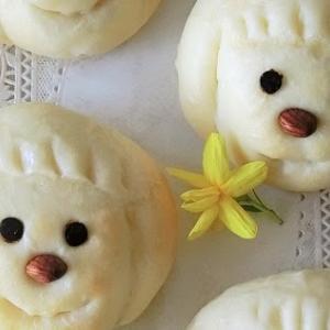 レシピ*かわいいお顔の白いミルクパン*分かりやすい工程写真付き ♪