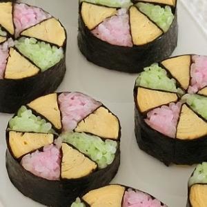 レシピ*かわいい ♪ 春色手まりの飾り巻き寿司*おひな祭りやお花見に!