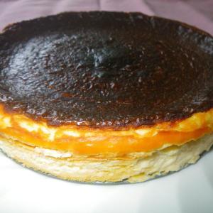 おうちでスイーツ「バスクチーズケーキ」