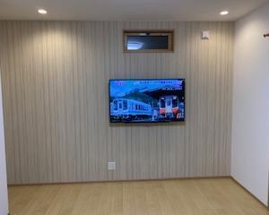壁掛けテレビは配線を見せない=常識【4T-C50BH1】