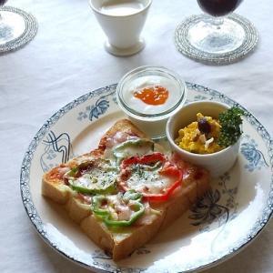 乃が美の「生」食パンでピザトースト