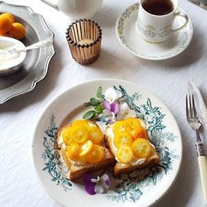 金柑とクリームチーズのはちみつトースト & 今日も一緒・・・にゃ♪