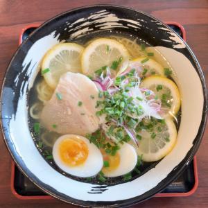 【ラーメン・長野市】スッキリ魚介のレモンラーメンとコクうま醤油!!〜麺屋零さん〜