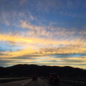 仕事帰りの夕焼け雲