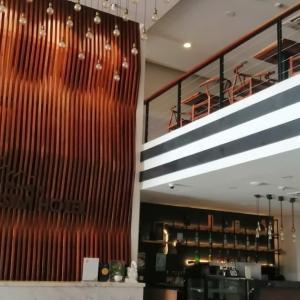 プノンペンの格安ホテル滞在記47 Eman-Sim Boutique Hotel(エマン シム ブティック ホテル )
