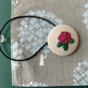 《刺繍チャレンジ⑨(赤)紫のバラ(annasさん図案)