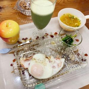 朝ご飯をファイヤーキングで。