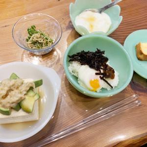 ファイヤーキングで和風の朝食をいただきました。