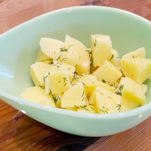 ファイヤーキングでジャガイモ料理をいただきます。