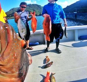 【根魚釣りに最強の切り身】沖縄釣りBAR とあるbarオーナーFishing