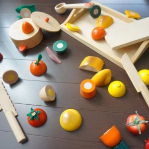 ●お子さん、おもちゃで遊んでいますか?