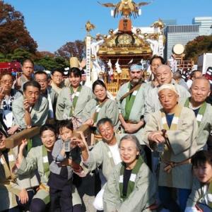 皇居前・神輿パレード