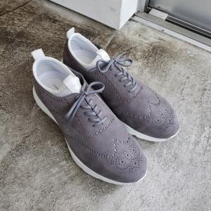 ヒロシツボウチ新作靴 スエードモックスニーカー グレーモデル