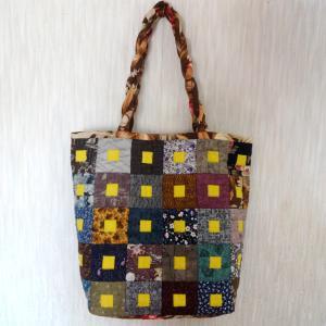 「箱の中のブロック」のバッグ
