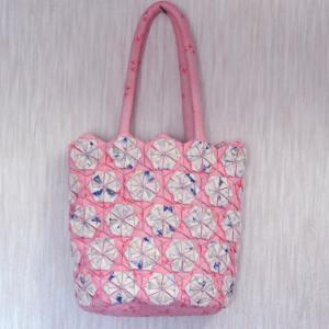 ピンクの花バッグ