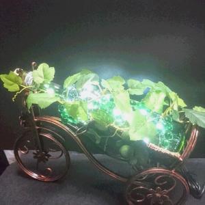 三輪車ワインホルダーボトルランプ(グリーンマスカット)