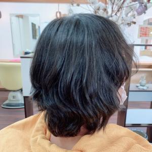 *こんな梅雨の時は髪質改善くせ毛用で別人のようになりました!*