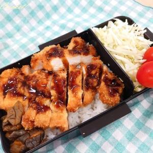 200円で作る鶏むね肉のチキンカツレツ弁当∂(o^O^o)∂やったー!