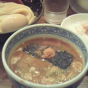 懐かしの御茶ノ水駅近くにある『つけ麺専門店 三田製麺所』