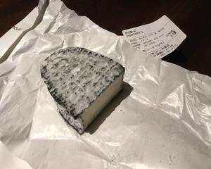 サンセールのソーヴィニヨンブランと山羊のチーズ!