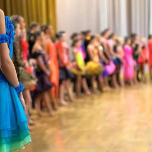 リーダー・パートナー募集【九州・福岡社交ダンス競技ダンス練習レッスンは、ダンススクールライジングスター】