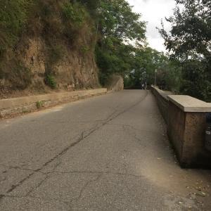 断崖にそびえる町 チビタ・ディ・バニョレッジョ(Civita di Bagnoregio)