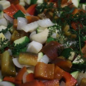 新玉ねぎ、ズッキーニ、パプリカ、トマトの炒め物