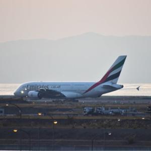 エミレーツ  A380の運航から1年だけど、オペレーターを悩ませる同機の燃費性能 約半数が退役を検討中❗️