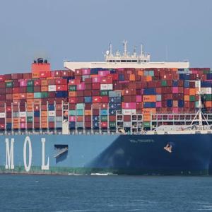 新型コロナで家族に会えない船員たち 外航貨物船の乗組員 下船できず乗船3か月延長も ‼️   乗り物ニュース