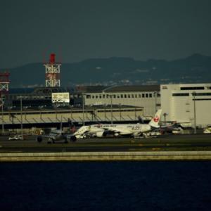 プレイバック✈️秋空の関空🛫 関空橋リムジンバス車窓から超珍しいFedEx離陸に出逢う&JALA350XWB2号機✈️