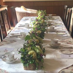 お花のレッスンとアフタヌーンティー