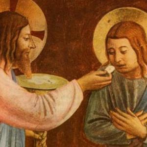 手による聖体拝領は口での聖体拝領よりも危険です
